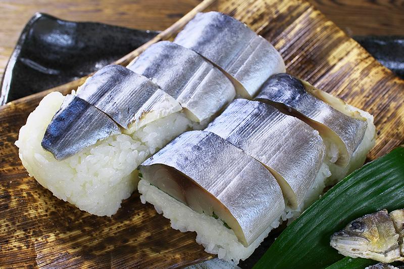 6 Types of Sushi Fermented sushi (nare zushi)