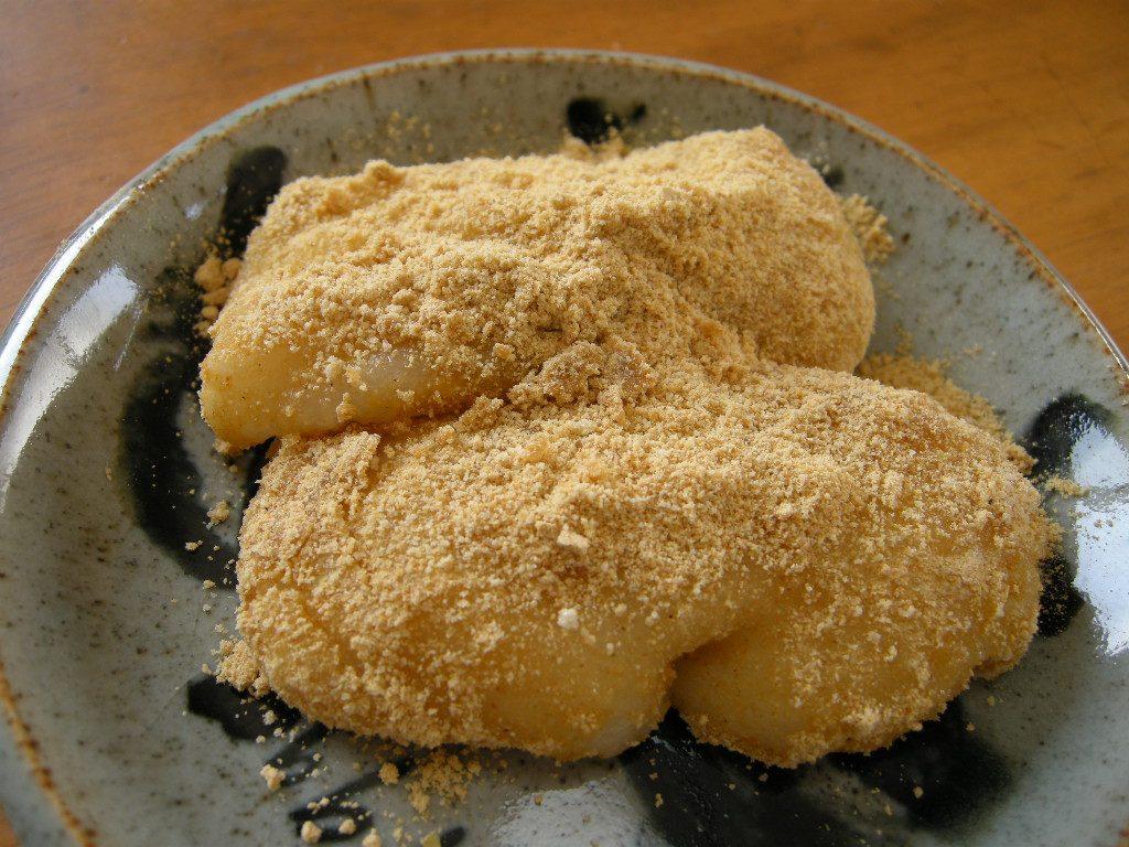 Kinako mochi